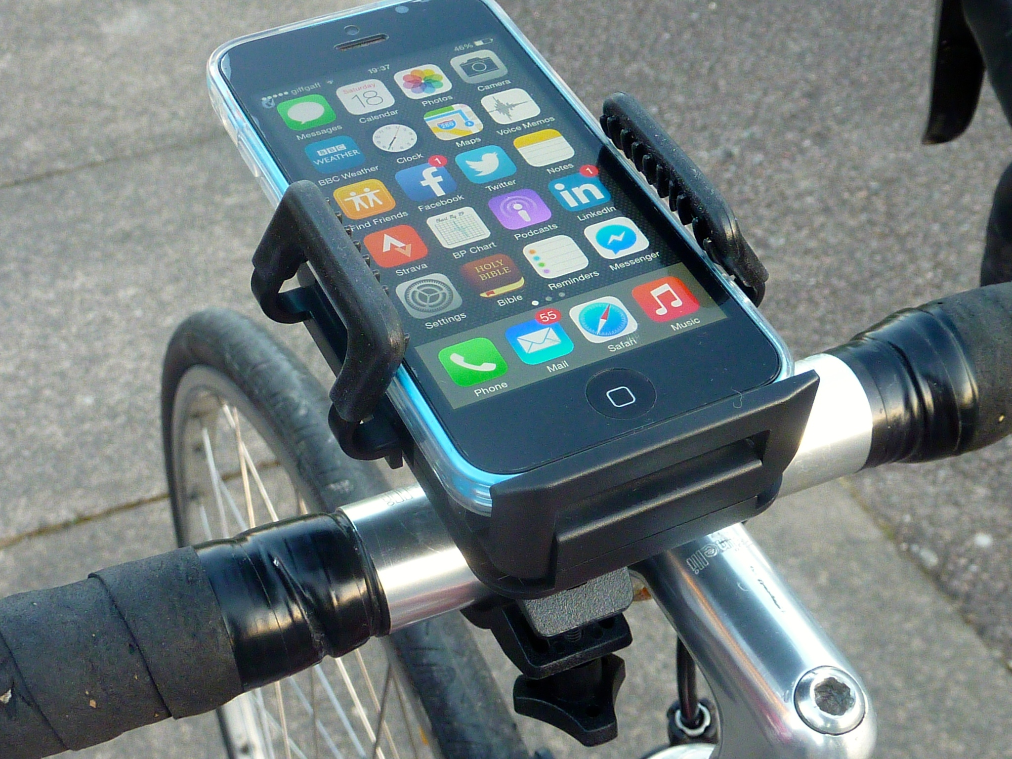 olixar universal bike phone mount 8 there